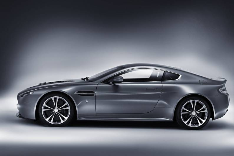 Aston Martin V12 Vantage review