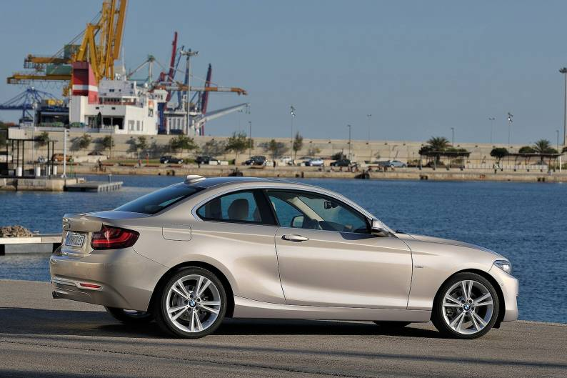 bmw 218d coupe review car review rac drive. Black Bedroom Furniture Sets. Home Design Ideas