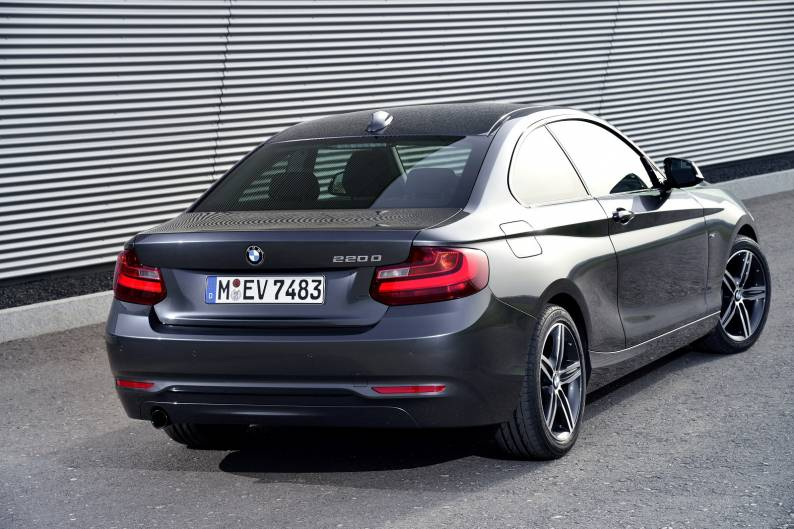 BMW 220d Coupe review review | Car review | RAC Drive