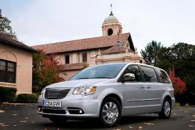 Chrysler Grand Voyager (2008 - 2015) review