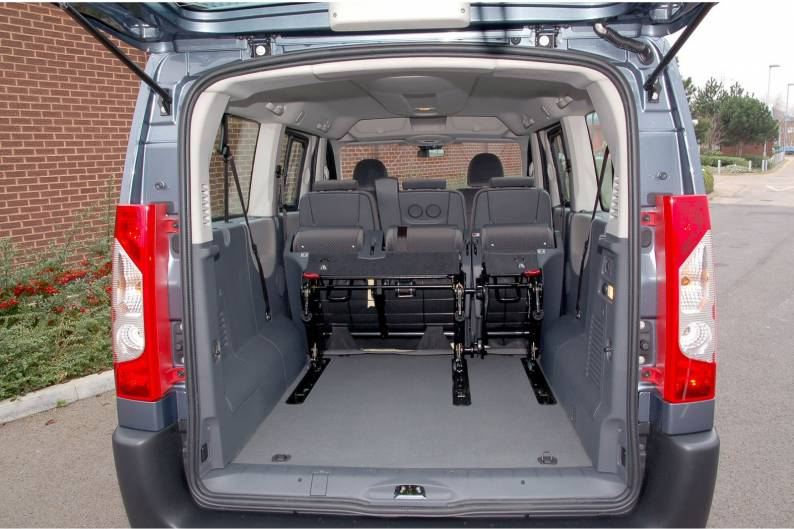 citroen dispatch combi car review rac drive. Black Bedroom Furniture Sets. Home Design Ideas