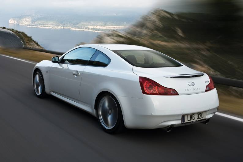 infiniti g37 coupe 2009 2013 used car review review car review rac drive. Black Bedroom Furniture Sets. Home Design Ideas