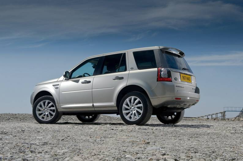 land rover freelander 2 2010 2012 review review car review rac drive. Black Bedroom Furniture Sets. Home Design Ideas