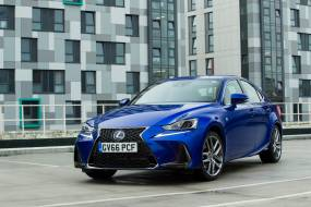 Lexus IS 300h review