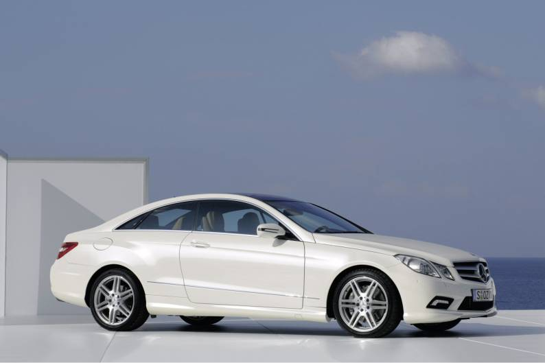 mercedes benz e class coupe 2009 2013 used car review car review rac drive. Black Bedroom Furniture Sets. Home Design Ideas