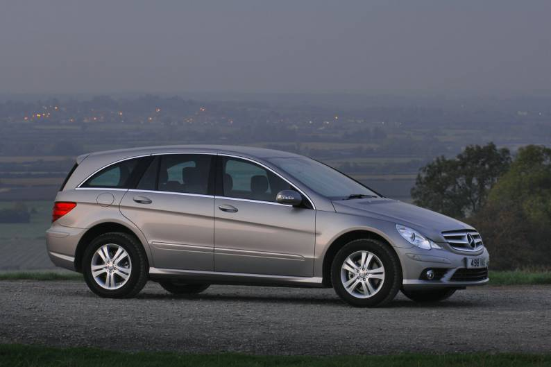 Mercedes benz r class 2006 2010 used car review review for Mercedes benz r350 review