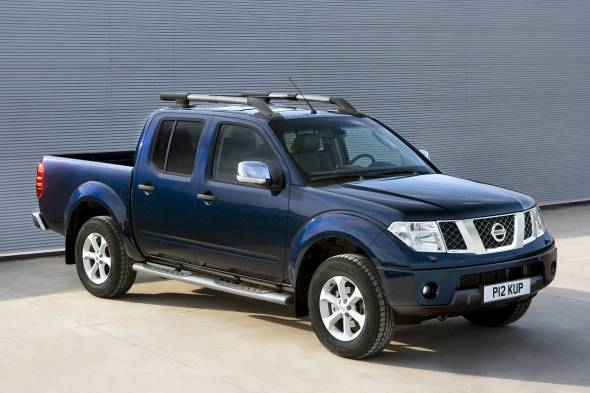 Nissan Navara pickup (2005 - 2010) review