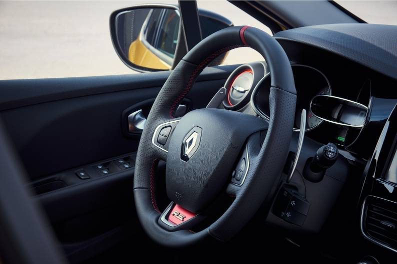 Renault Clio Renaultsport review