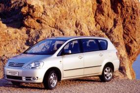 Toyota Avensis Verso (2001 - 2008) review