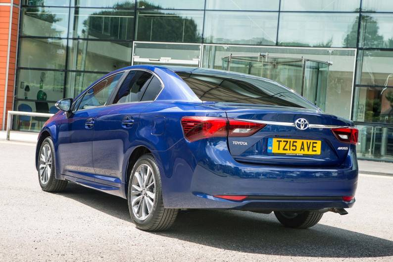 Toyota Avensis review