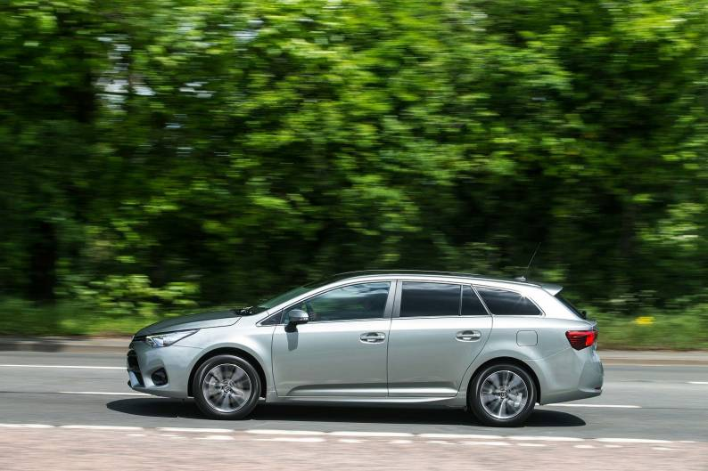 Toyota Avensis Touring Sports review