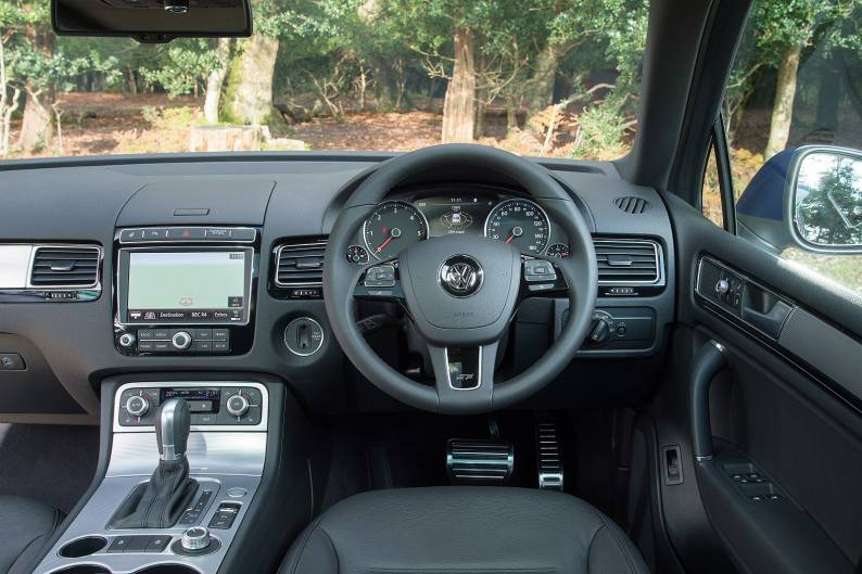 Volkswagen Touareg 3.0 V6 TDI SCR 262 R-Line review