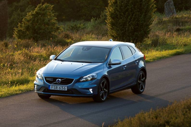 volvo v40 t3 review review car review rac drive. Black Bedroom Furniture Sets. Home Design Ideas