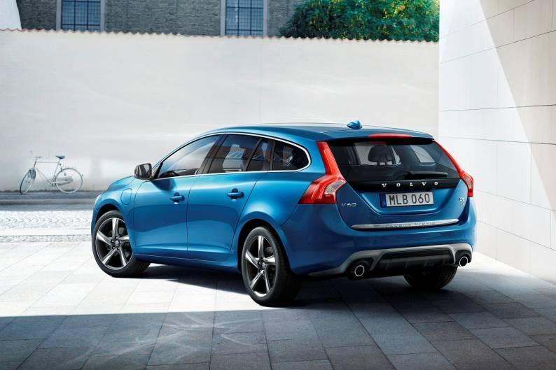 Volvo v60 plug-in hybrid pris