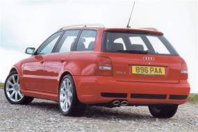 Audi RS4 (2000 - 2002) review