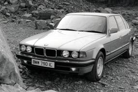 BMW 7 Series (1986 - 1994) review