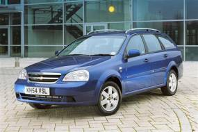 Chevrolet Lacetti Station Wagon (2005 - 2011) review