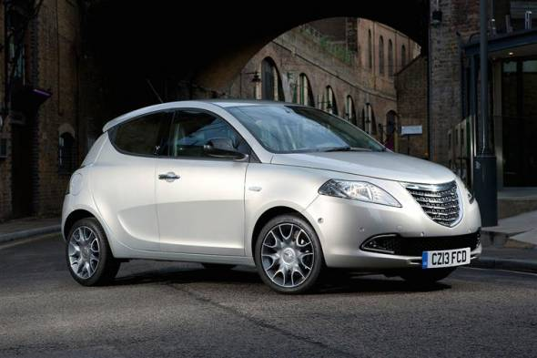 Chrysler Ypsilon (2011 - 2015) review