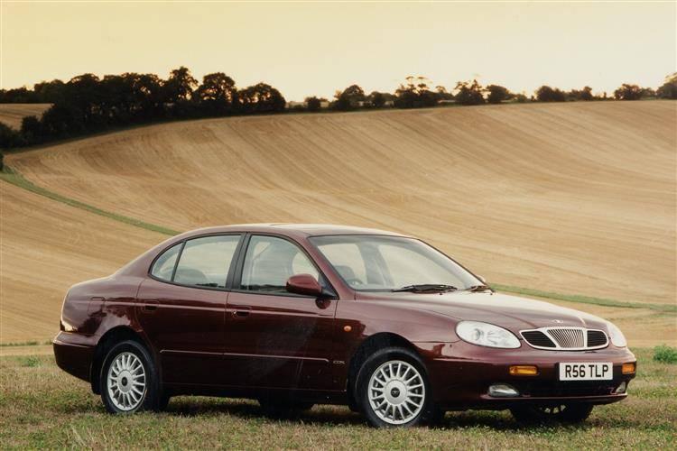 Daewoo Leganza (1997 - 2003) used car review review | Car ...