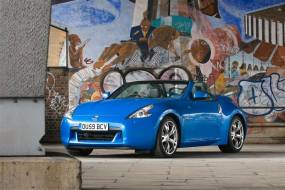 Nissan 370Z (2009 - date) review