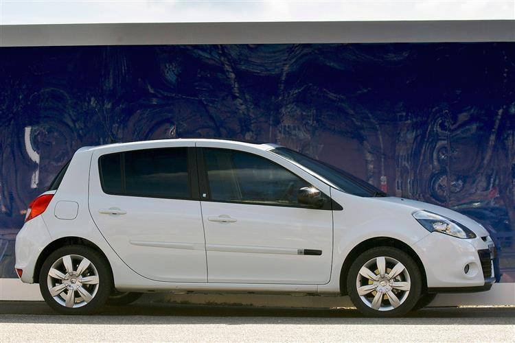 renault clio iii 2009 2012 used car review review car review rac drive. Black Bedroom Furniture Sets. Home Design Ideas