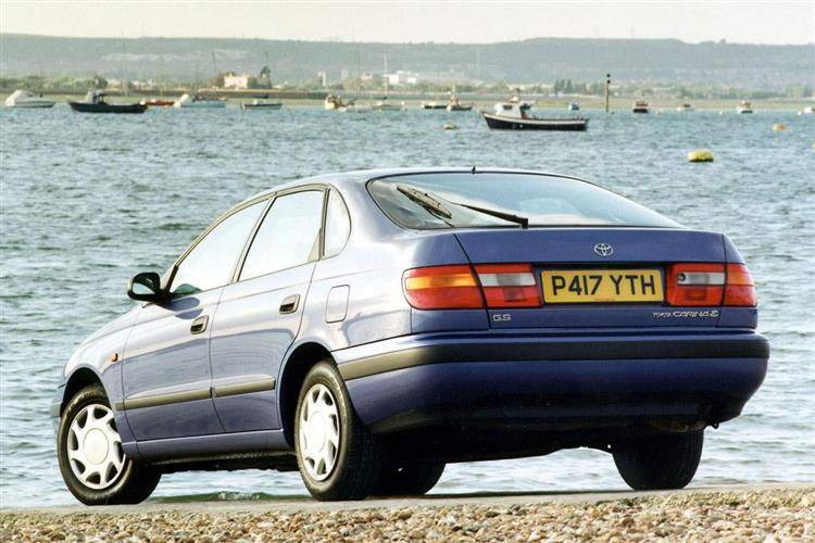 Toyota Carina E (1992 - 1997) review