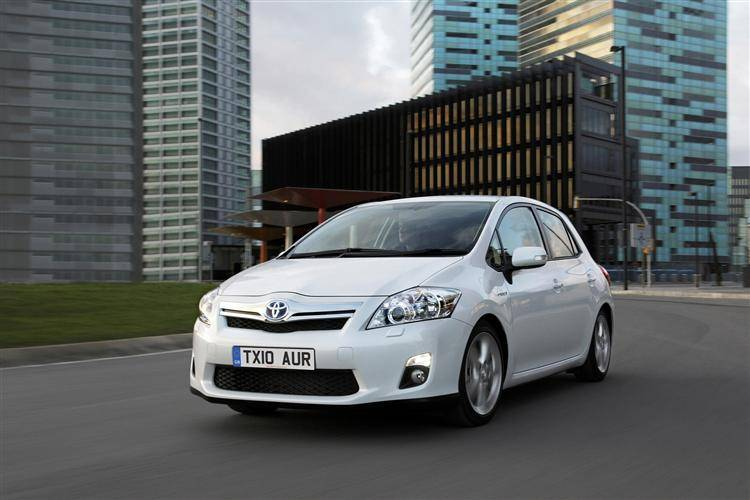toyota auris hybrid 2010 2013 review review car review. Black Bedroom Furniture Sets. Home Design Ideas