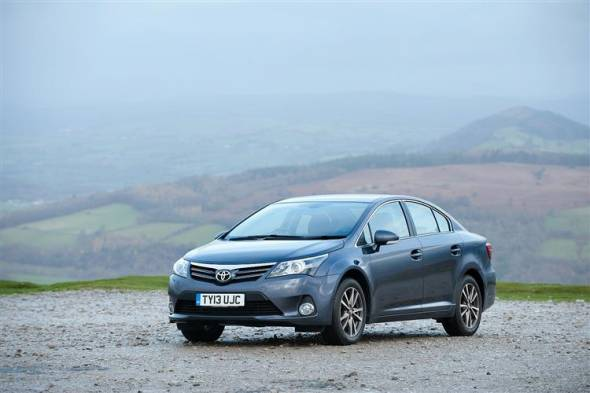 Toyota Avensis (2011 - 2015) review