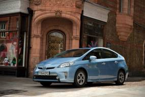 Toyota Prius Plug-In (2012 - 2015) review