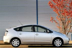 Toyota Prius (2003 - 2009) review