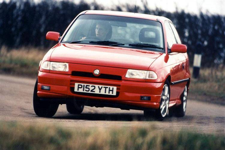 Vauxhall Astra (1991 - 1998) review