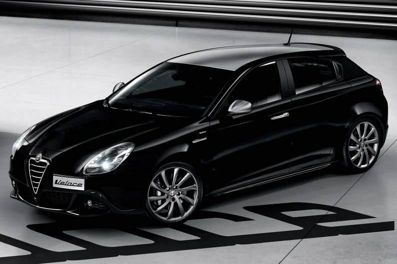alfa romeo giulietta veloce 1750tbi review car review rac drive. Black Bedroom Furniture Sets. Home Design Ideas