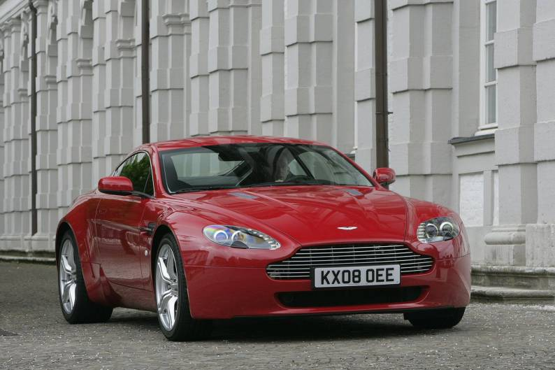 Aston Martin V8 Vantage review