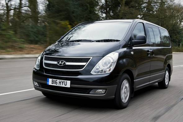 Hyundai i800 review