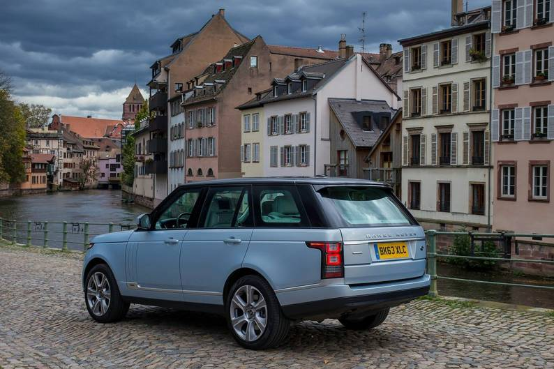 Land Rover Range Rover Hybrid review