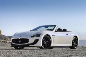 Maserati GranCabrio MC review