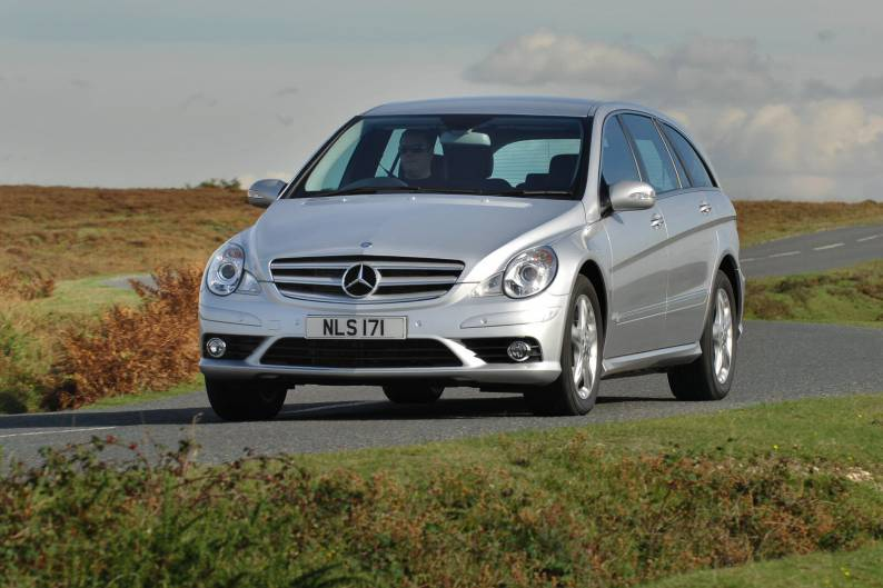 Mercedes benz r class 2006 2010 used car review car for Mercedes benz r350 review