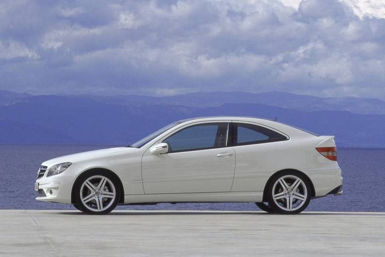 Mercedes benz clc class 2008 2012 used car review car for Mercedes benz clc coupe