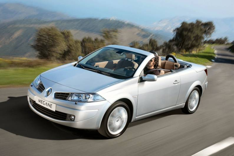 renault megane cc 2003 2010 used car review car. Black Bedroom Furniture Sets. Home Design Ideas
