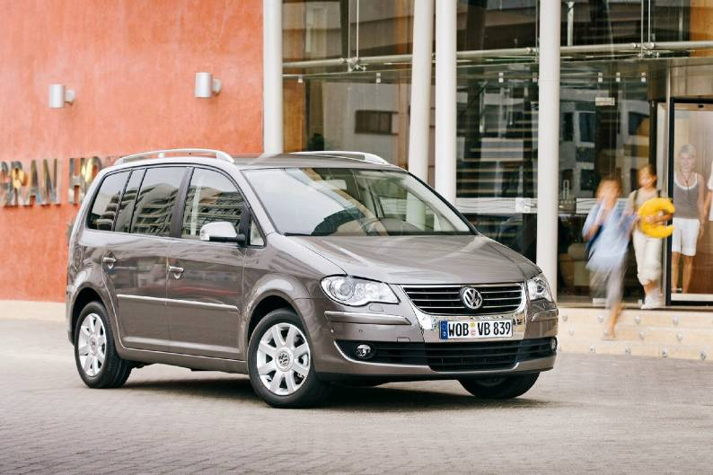 volkswagen touran 2003 2010 used car review car review rac drive. Black Bedroom Furniture Sets. Home Design Ideas