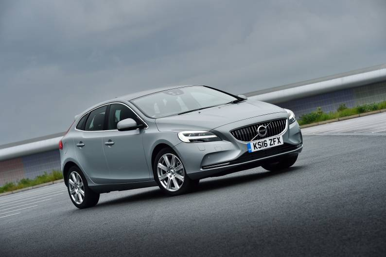 Volvo V40 D2 review