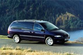 Chrysler Voyager (1997 - 2001) used car review