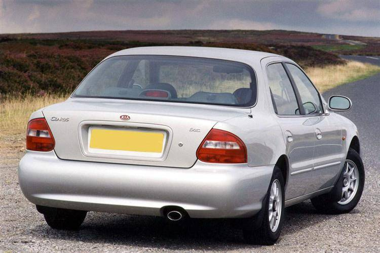 Kia Clarus (1999 - 2001) used car review