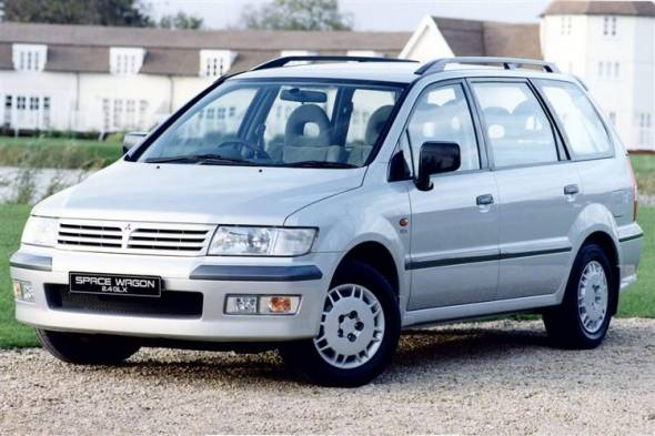 Mitsubishi Space Wagon (1999 - 2004) used car review