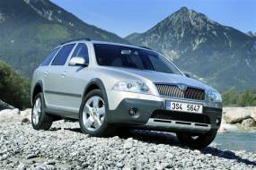 Skoda Octavia Scout (2007 - 2009) used car review