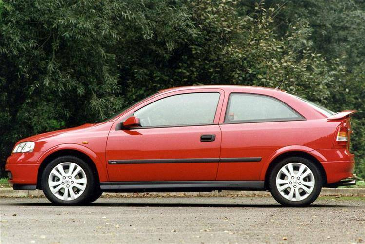 Vauxhall Astra (1998 - 2004) used car review