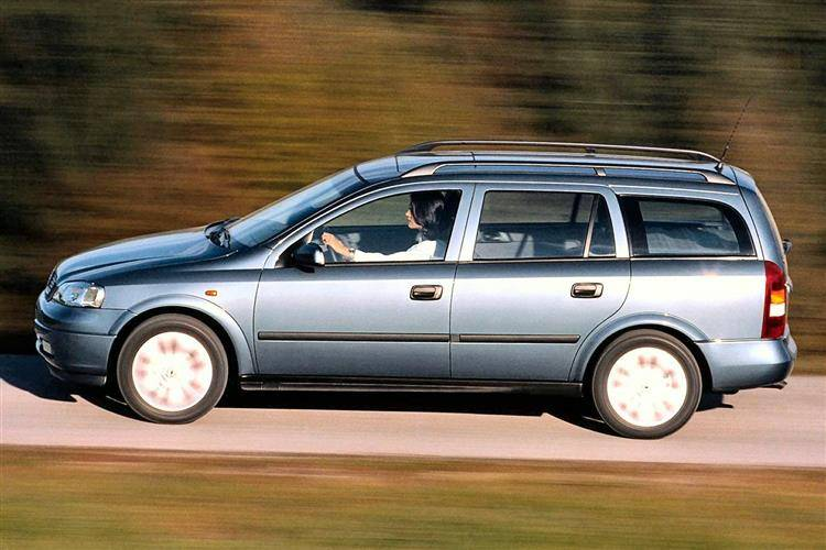 Vauxhall Astra Estate (1998 - 2004) used car review