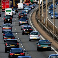 Motorists plan UK holidays - survey