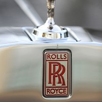 Rolls-Royce unveils 'clever' Wraith