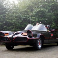 Batmobile set for New Year auction